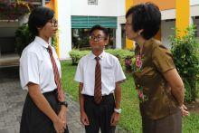 Sekolah baru lebih besar, guru dan teman beri sokongan
