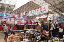 Bekas penjaja Sungei Road lega dapat niaga di bazar Deepavali walau sambutan kurang rancak