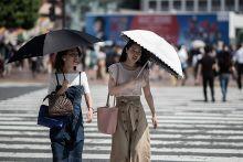 65 maut gelombang haba di Jepun