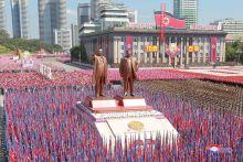 Trump puji Kim Jong Un tidak pamer misil nuklear di perarakan tentera