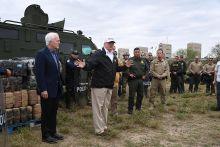 Trump ancam guna kuasa darurat bagi bina tembok sempadan