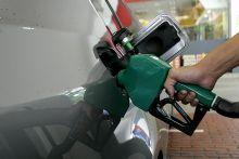 Panduan berjimat guna petrol kereta