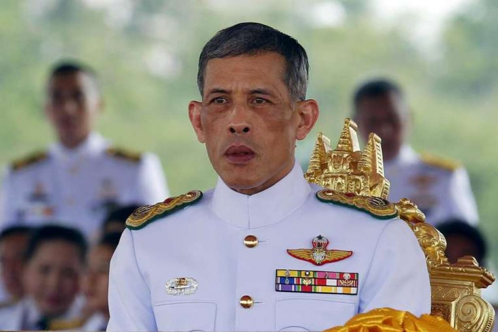 Putera Mahkota Maha Vajiralongkorn di Upacara Membajak Diraja tahunan di Bangkok pada 13 Mei 2015.