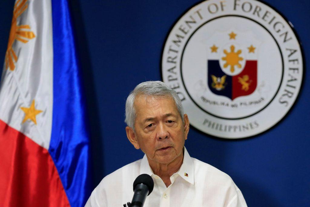 PERTIKAIAN TUNTUTAN CHINA DAN FILIPINA KE ATAS LAUT CHINA SELATAN Filipina tolak cadangan China berbincang jika enggan runding keputusan timbang tara