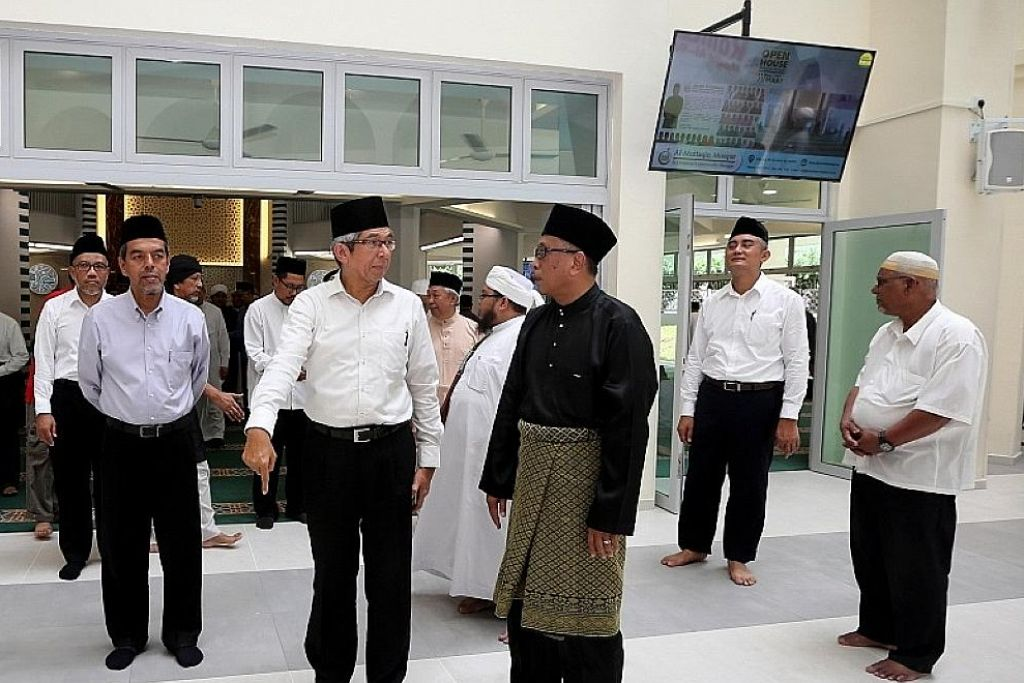 Masjid Al-Muttaqin dipertingkat