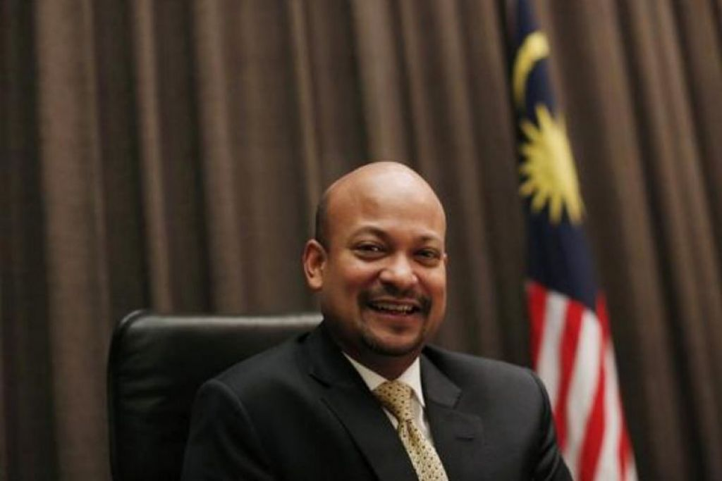 1MDB chief Arul Kanda sacked for dereliction of duties