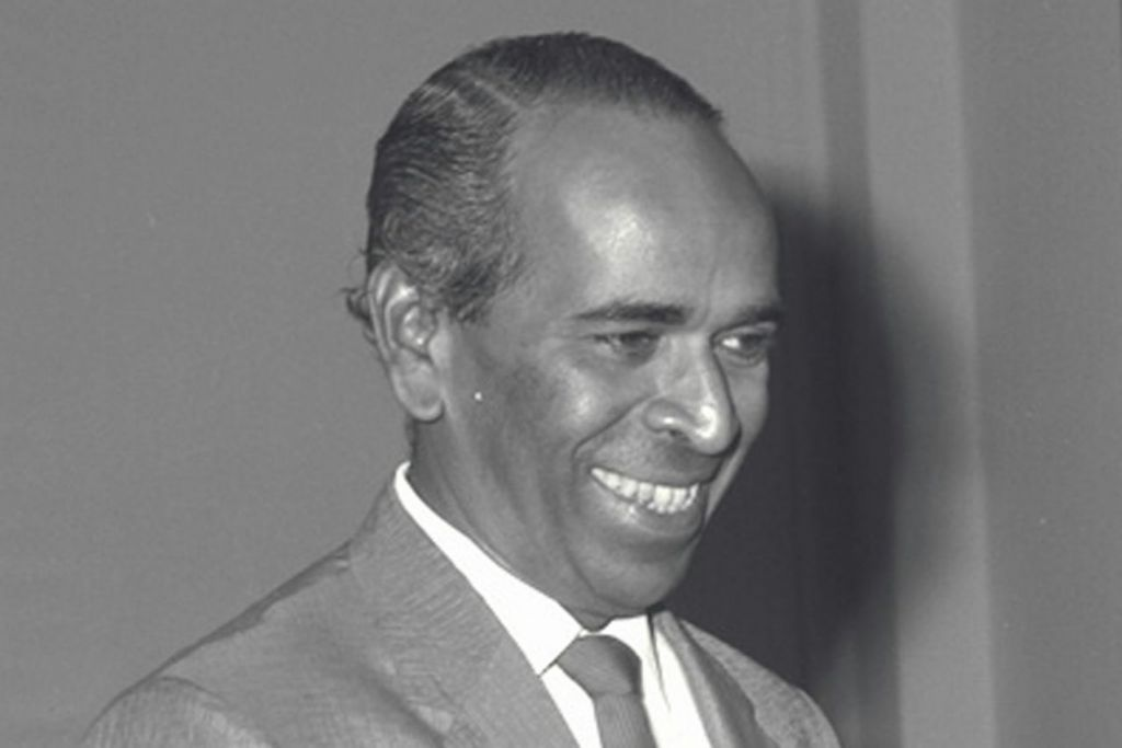 ENCIK S. RAJARATNAM: Menteri Luar semasa zaman pembangunan awal Singapura turut terlibat dalam usaha melakar Ikrar Negara. Foto diambil pada 1965. - Foto fail