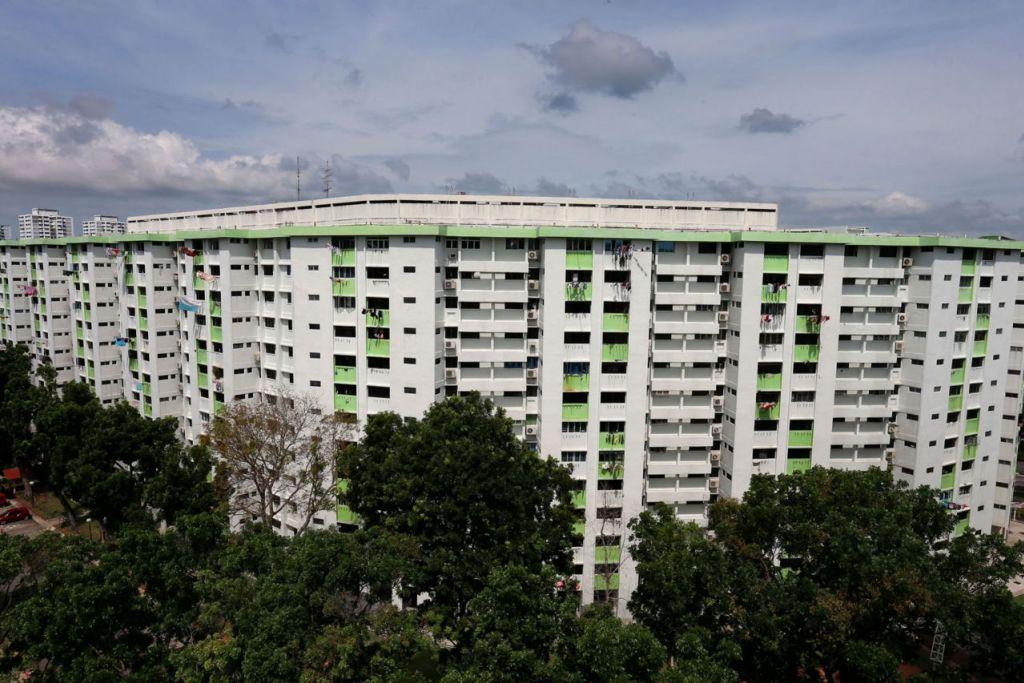 USAHA BERTERUSAN: Perdana Menteri Lee Hsien Loong berkata, usaha membangun Singapura tidak akan berakhir dan pemerintah akan terus mengubah bandar dan seluruh pulau ini. - Foto fail