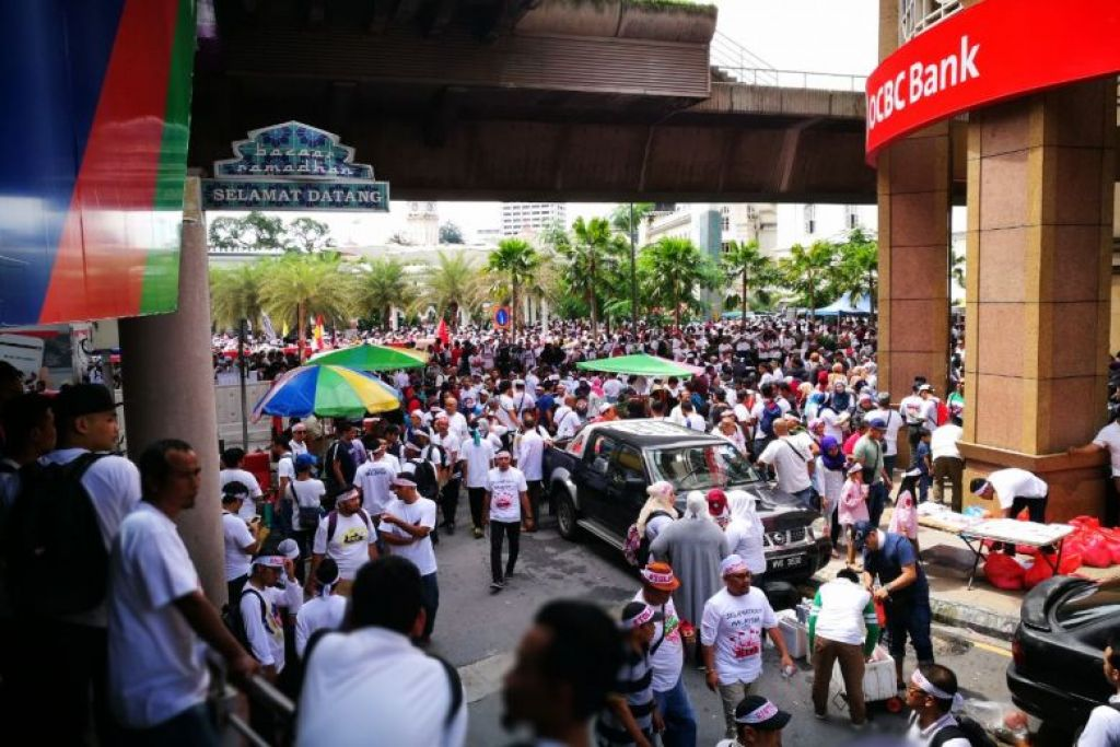 Thousands gather in KL for rally against UN rights convention, ICERD