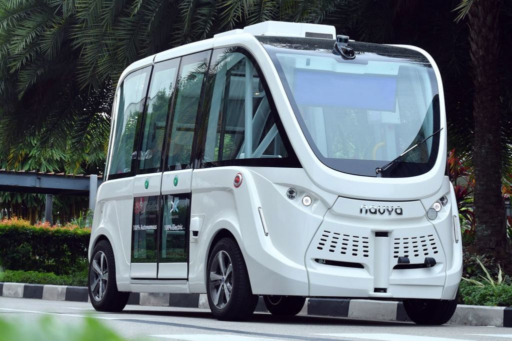 Ujian guna telefon bijak tempah kenderaan autonomi di Sentosa