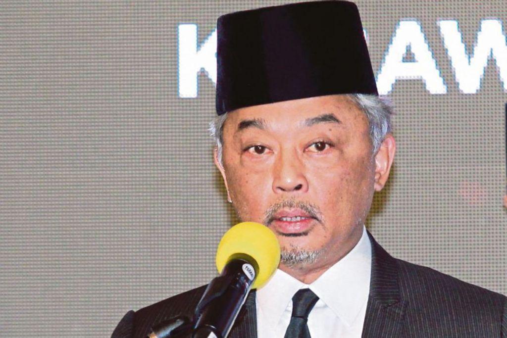 TENGKU ABDULLAH SULTAN AHMAD SHAH: Kini Pemangku Sultan Pahang sejak dua tahun lalu memandangkan ayahnya, Sultan Ahmad Shah, tidak sihat. - Foto NSTP