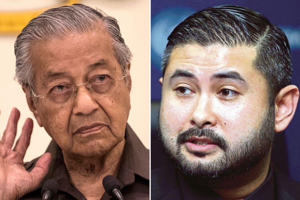 """PERSELISIHAN: Tun Dr Mahathir Mohamad (kiri), menyifatkan kedudukan Putera Mahkota Johor, Tunku Ismail Sultan Ibrahim, sebagai sesuatu yang """"tidak kekal"""" dan boleh diubah berbanding kedudukan beliau yang melalui undian rakyat. - Foto EPA-EFE, BERITA HARIAN MALAYSIA"""