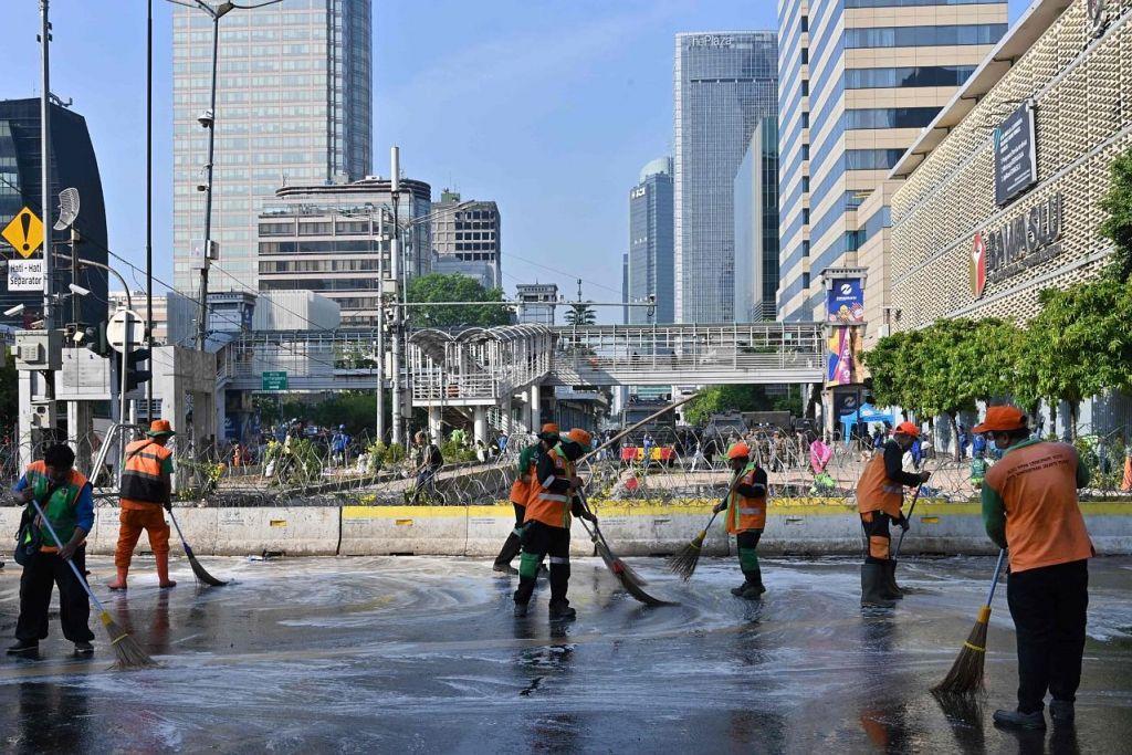 Keadaan di Jakarta kembali tenang